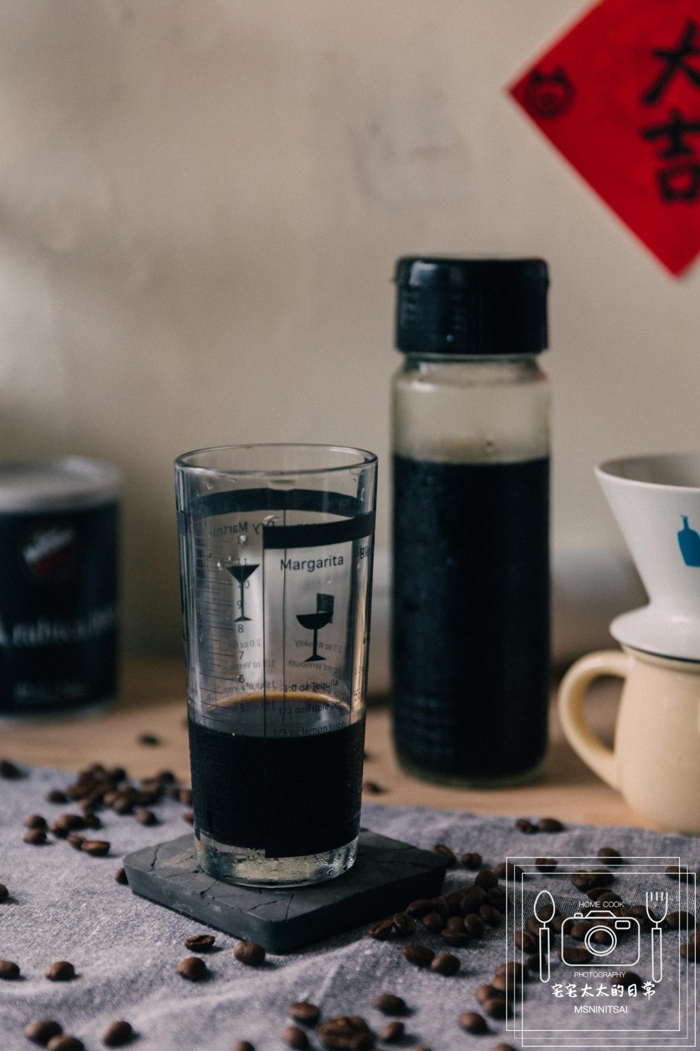 料理食譜:自己做冷泡咖啡,夏天清涼飲品【宅宅太太的日常】