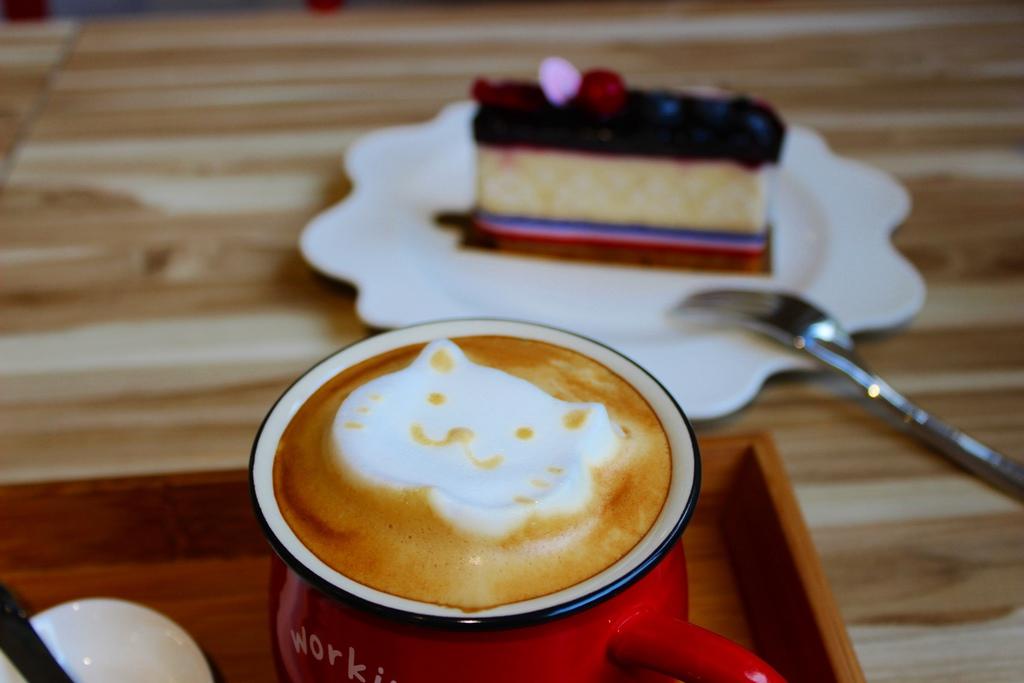 Cafe,doorway,兜味,兜味咖啡,兜味咖啡地址,兜味咖啡營業時間,兜味咖啡菜單,台北咖啡館,台北迪化街咖啡館,咖啡館︱喝咖啡,大同區安西街36號,大稻埕咖啡館,老房子咖啡館,迪化街咖啡館 @陳小可的吃喝玩樂