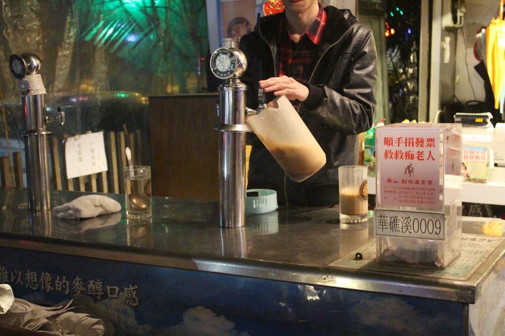 宜蘭礁溪麥田現釀啤酒 黑麥現釀啤酒 礁溪喝酒 麥田現釀啤酒