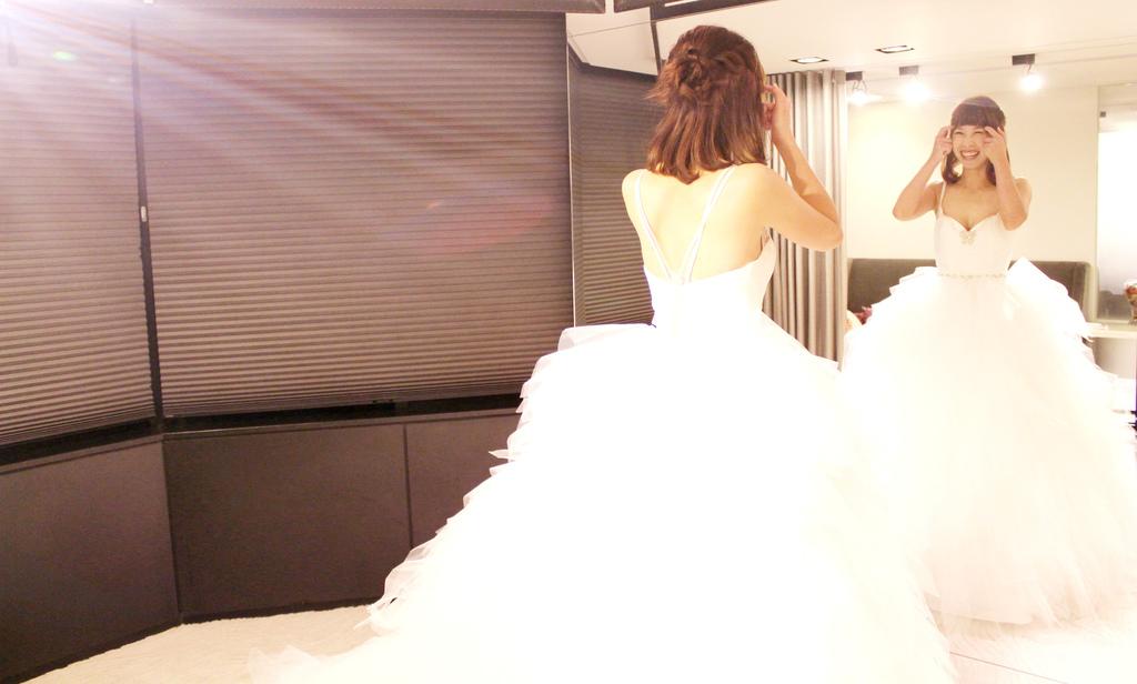 金紗夢婚紗/新娘白紗、晚禮服、媽媽裝、花童服/海內外婚紗攝影,海外婚禮,白紗禮服租售,量身訂製禮服,海外新人來台拍照,海外婚禮統籌代辦/金紗夢婚禮